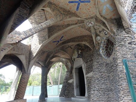 Colonial Guell Crypt