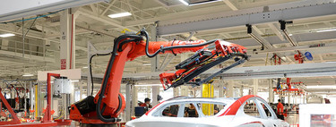 Electric Cars and Thousands of Layoffs: Why Big Motor Brands Close Factories and Say They Need Less Labor